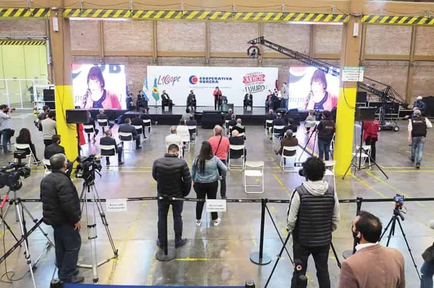 La Cooperativa Obrera festejo su centenario inaugurando una gran obra